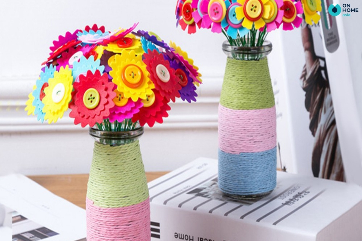 bình hoa nhiều màu sắc phòng ngủ