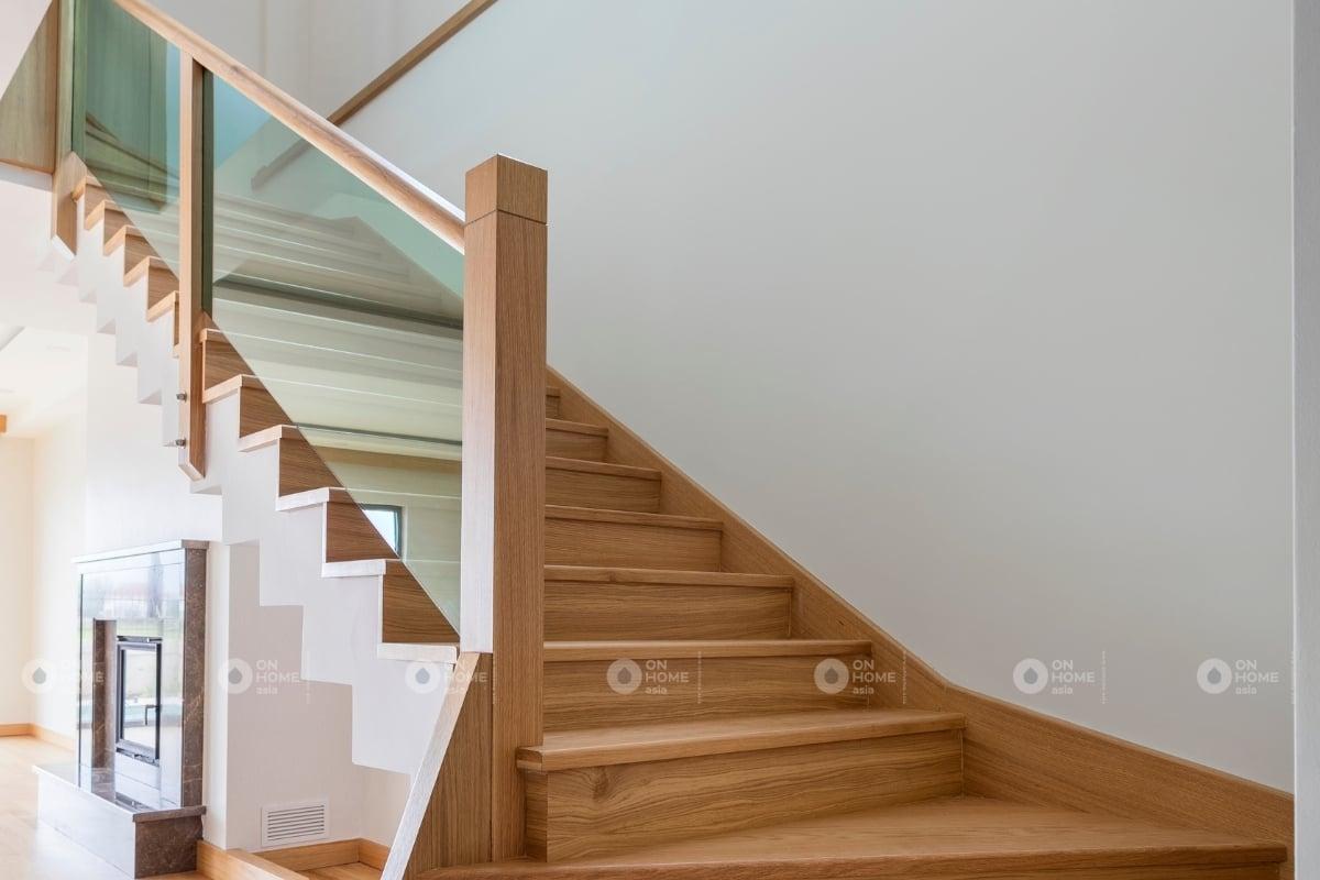 Chất liệu gỗ trong thiết kế cầu thang