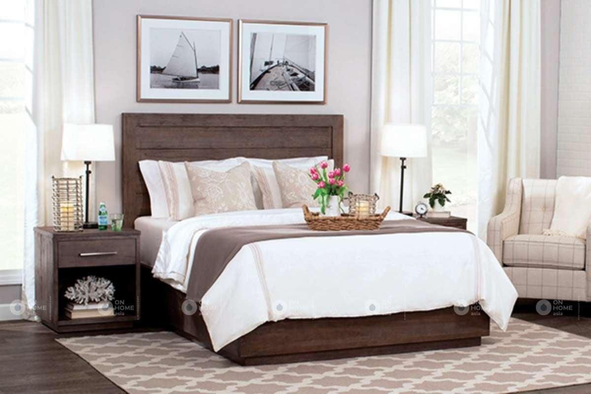 Giường ngủ làm từ gỗ sồi