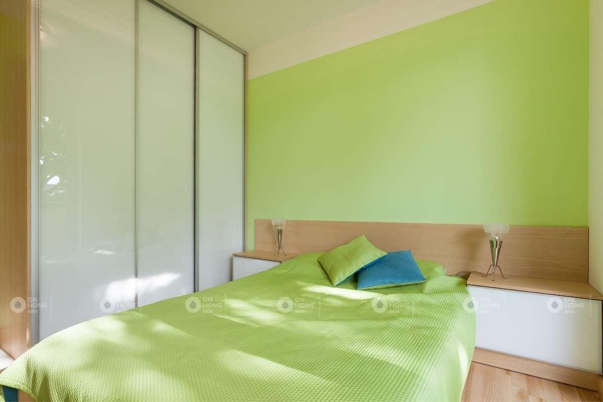 Sơn tường phòng ngủ màu xanh tươi mát