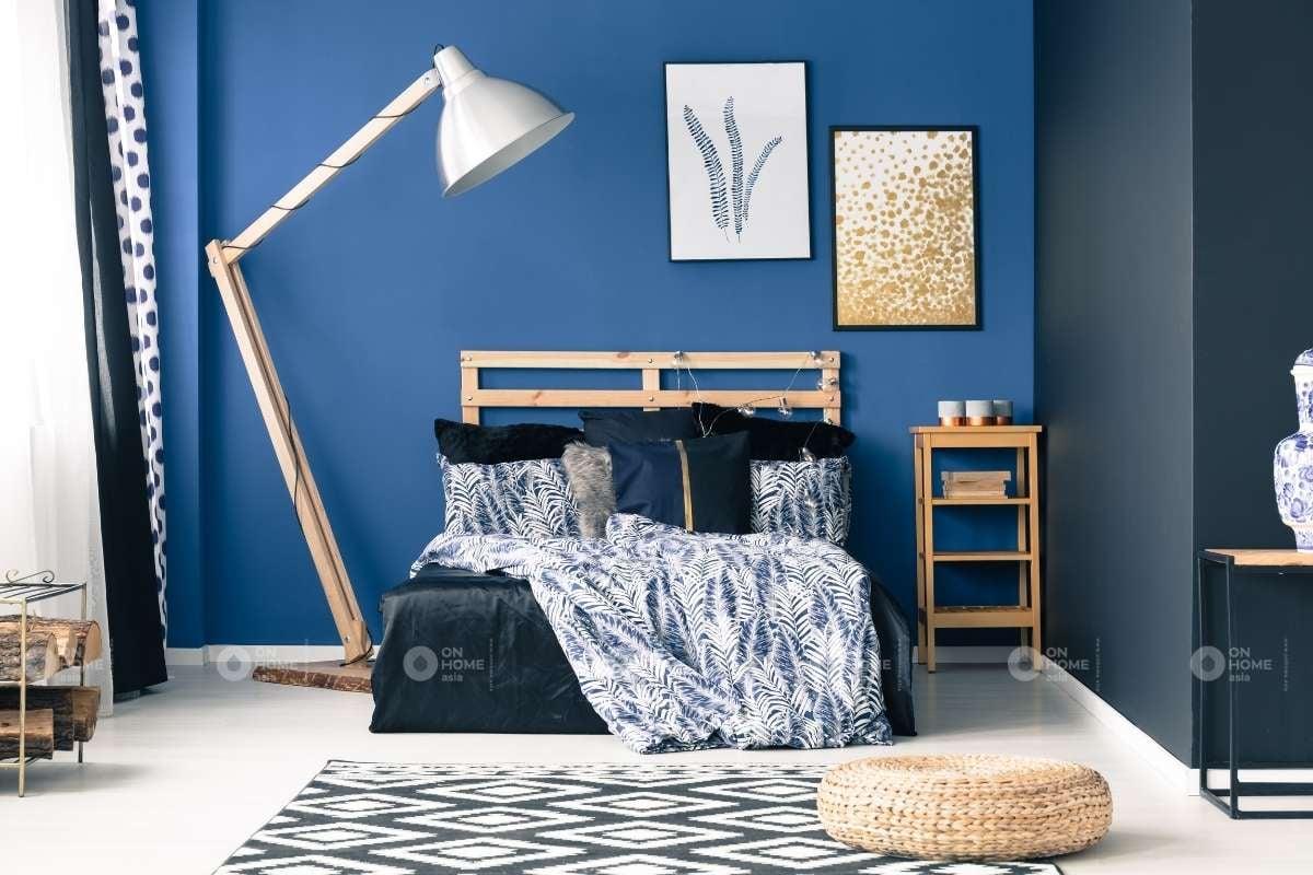 Tường màu xanh đậm cho phòng ngủ