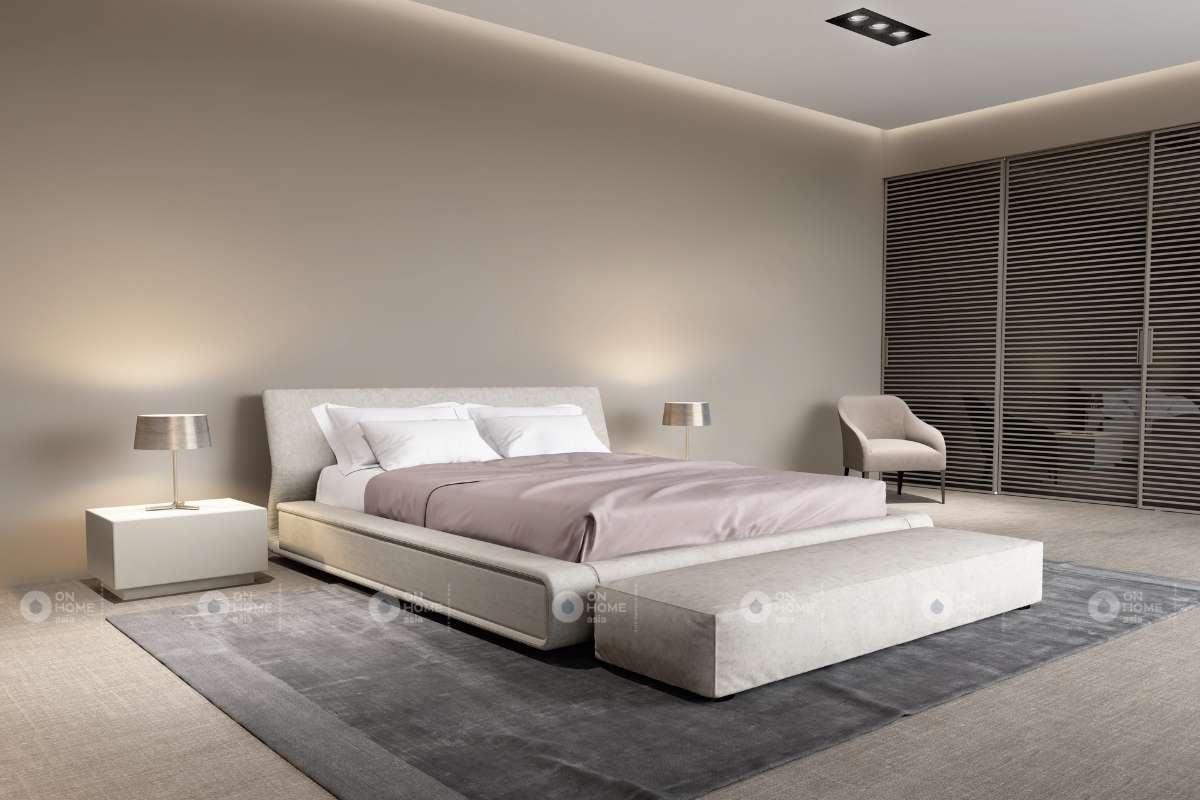 Tường phòng ngủ màu be rộng rãi