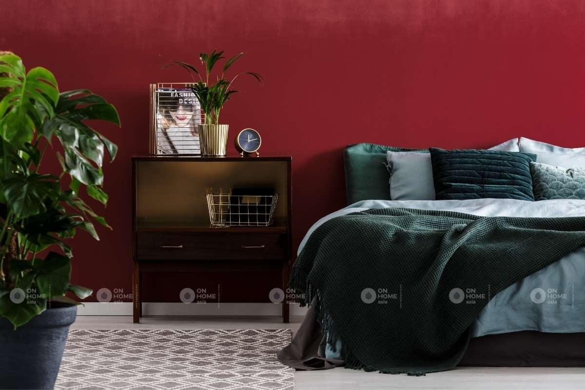 Tường phòng ngủ màu đỏ đậm