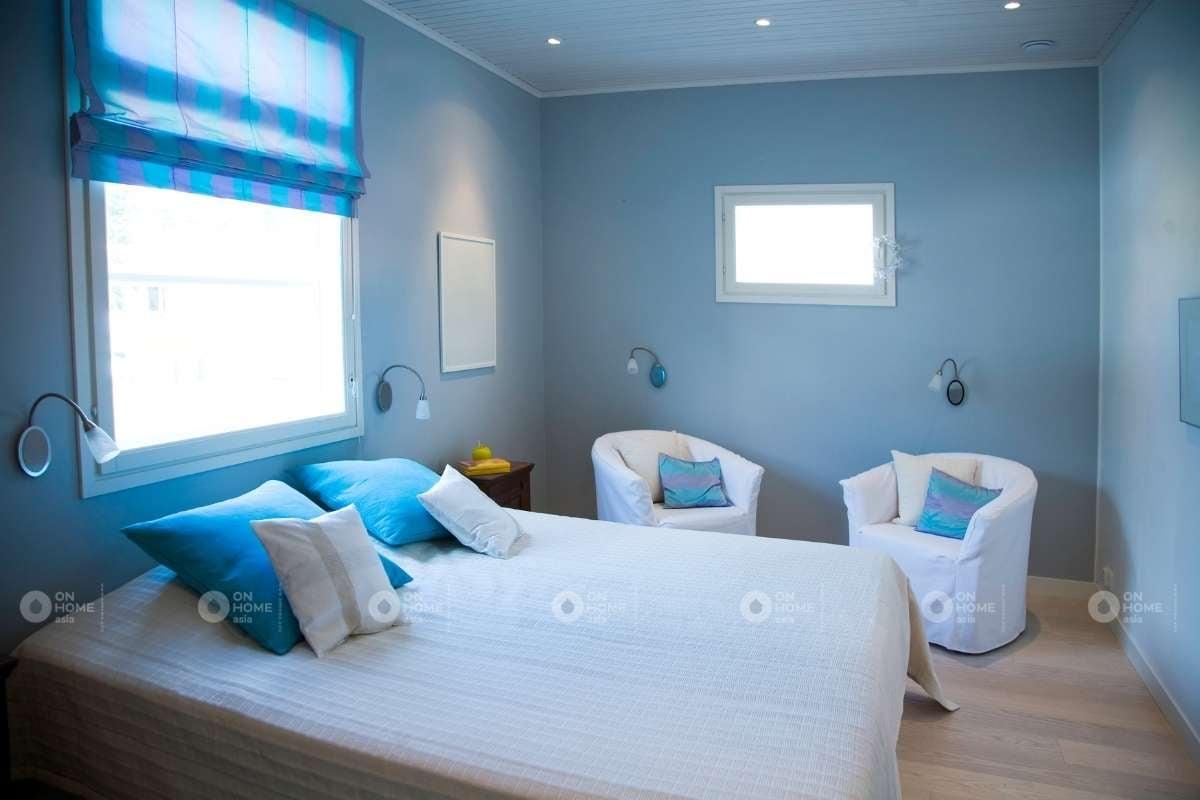 Tường phòng ngủ màu xanh dương nhạt