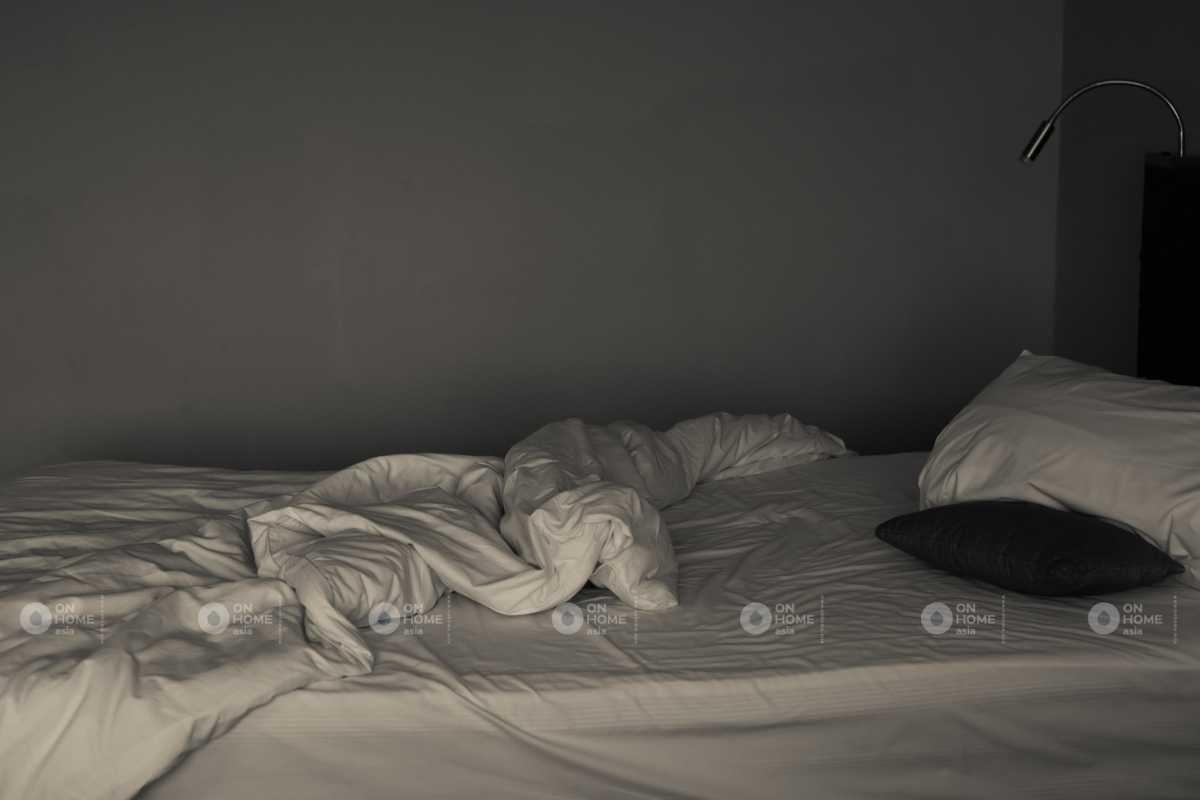 Tường phòng ngủ với gam màu trung tính