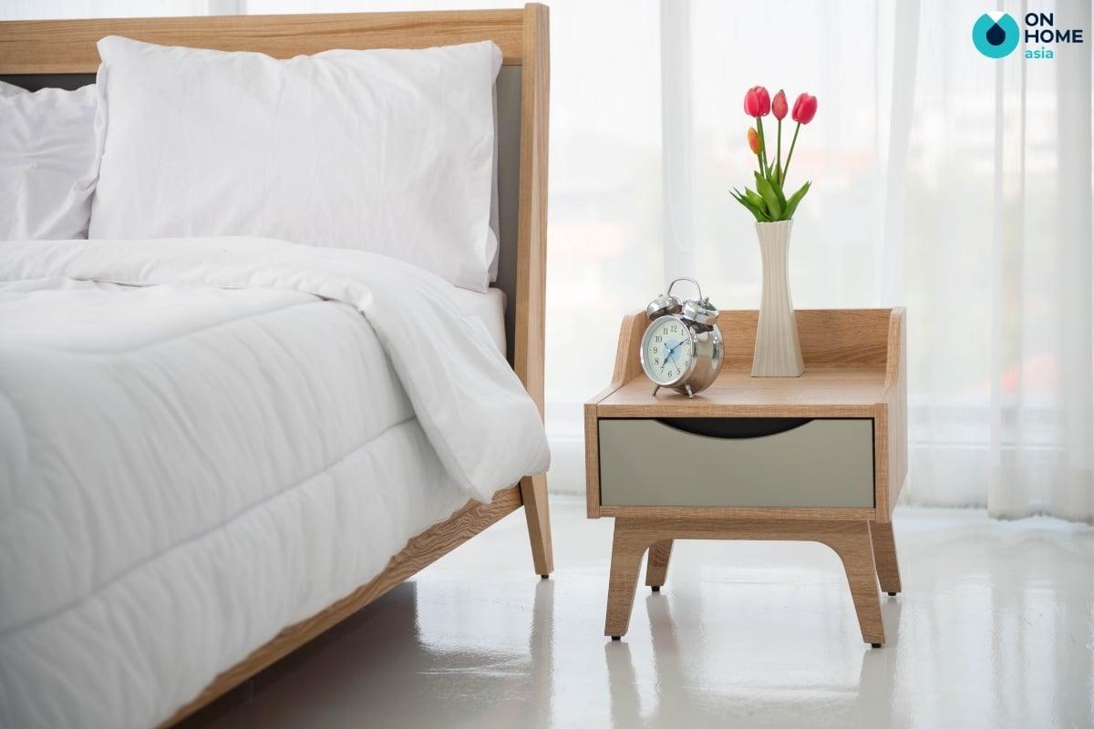 mẫu tab đầu giường nhỏ gọn