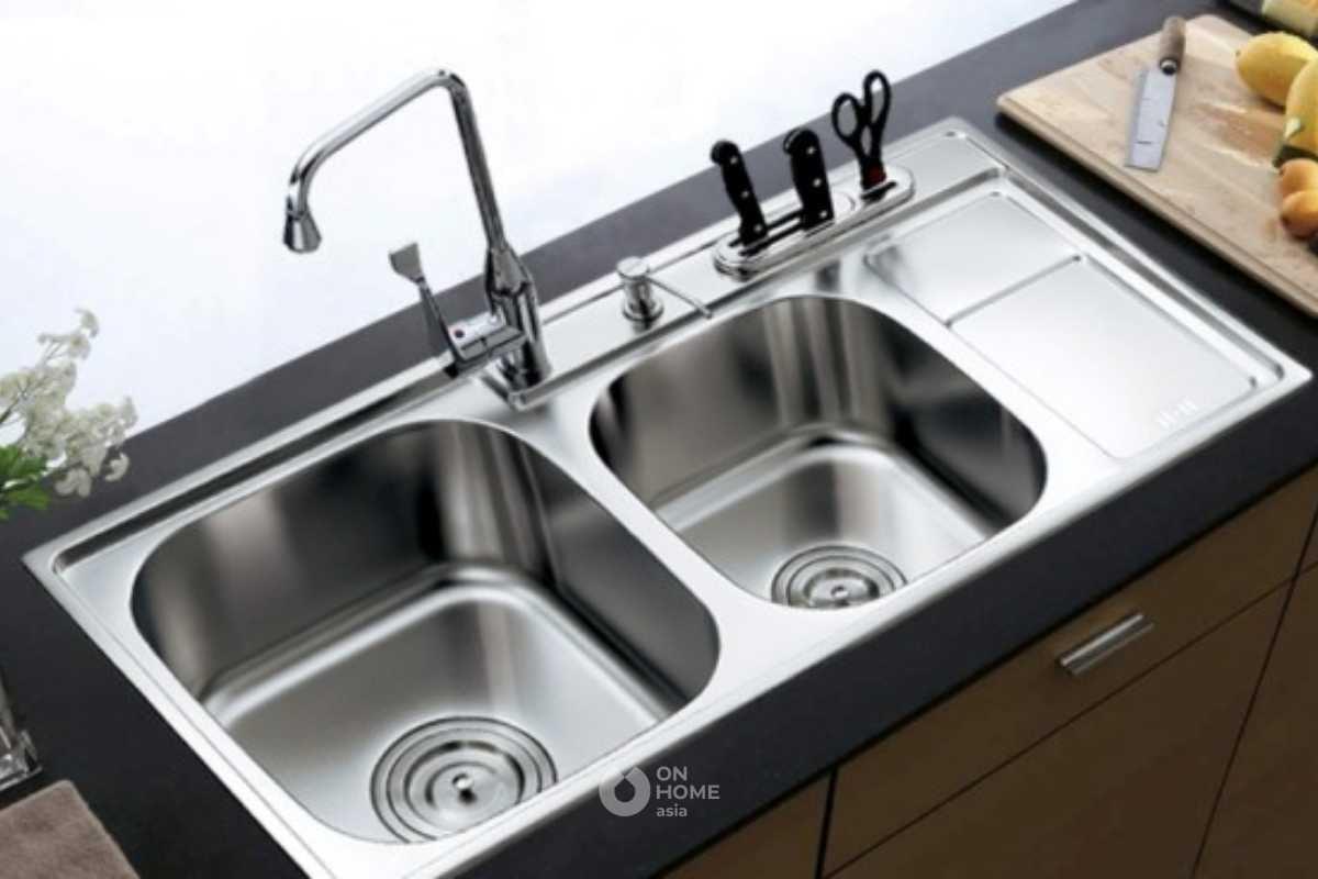 Khu vực để rửa trong không gian bếp.