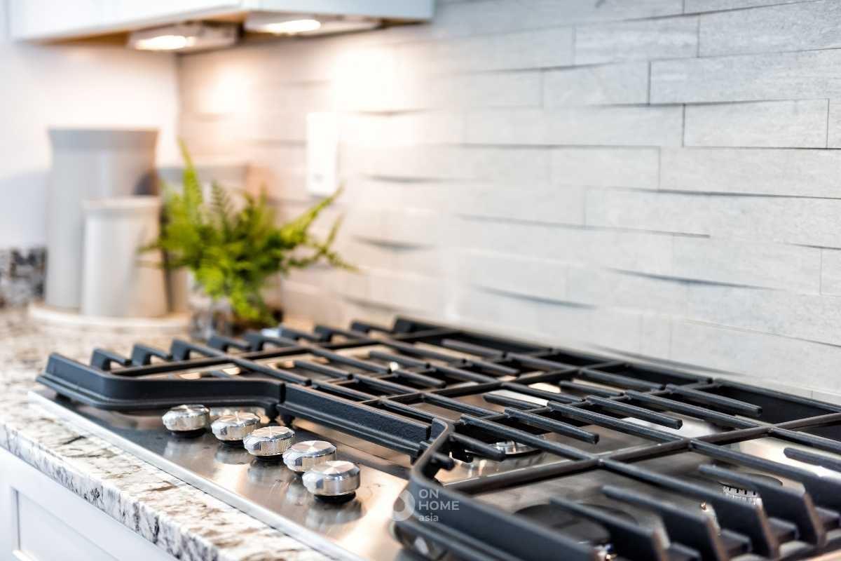 Khu vực nấu ăn trong không gian bếp.