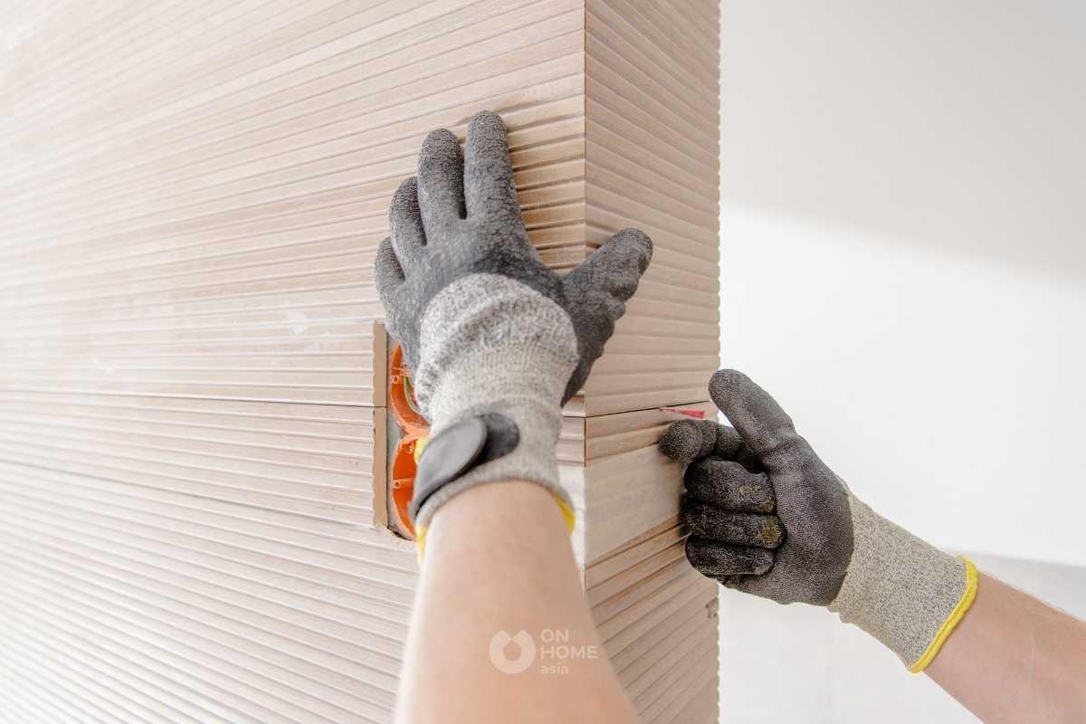 Tấm ốp tường PVC vẩn gỗ nhỏ