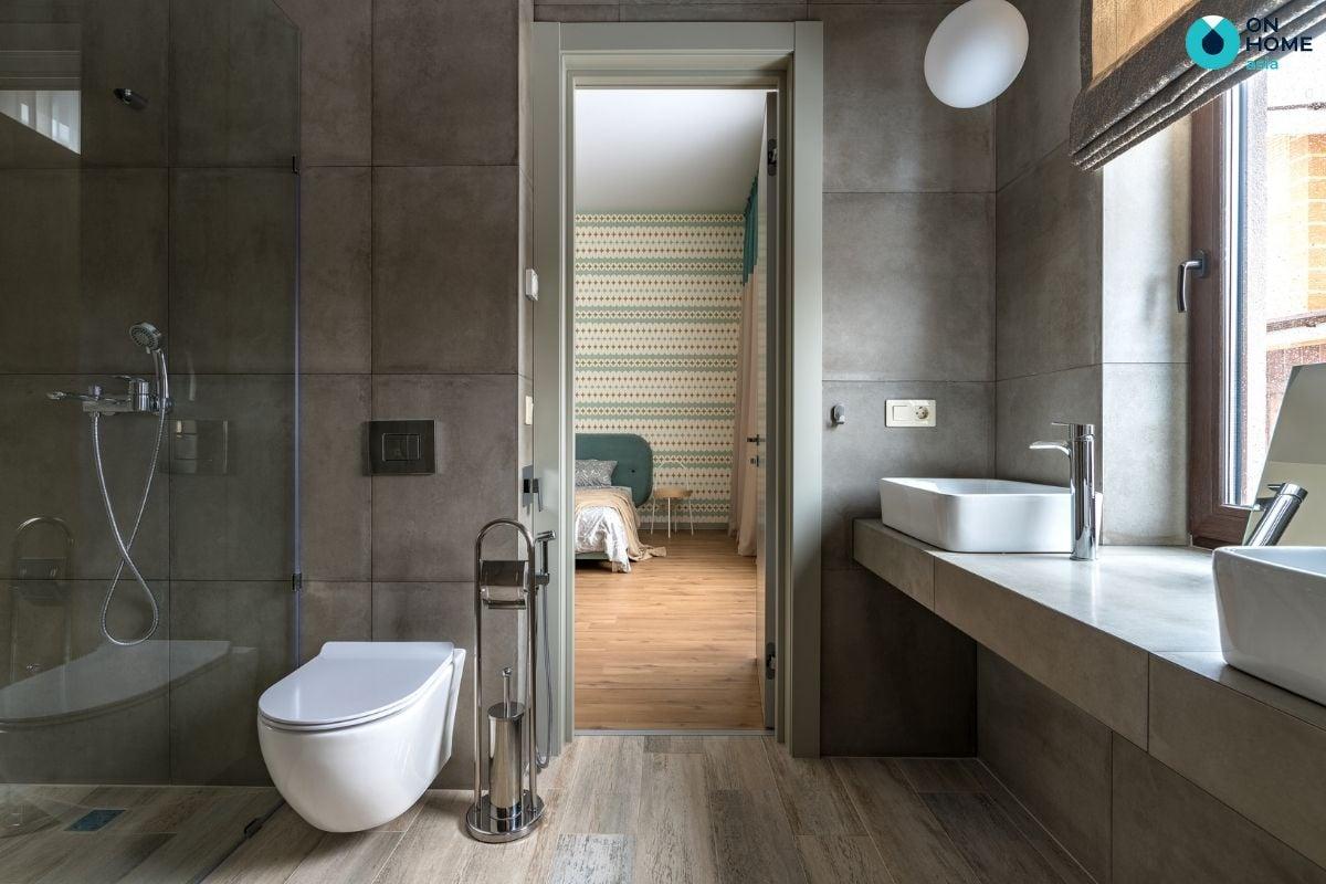 Nhà vệ sinh được thiết kế tích hợp bên trong phòng ngủ