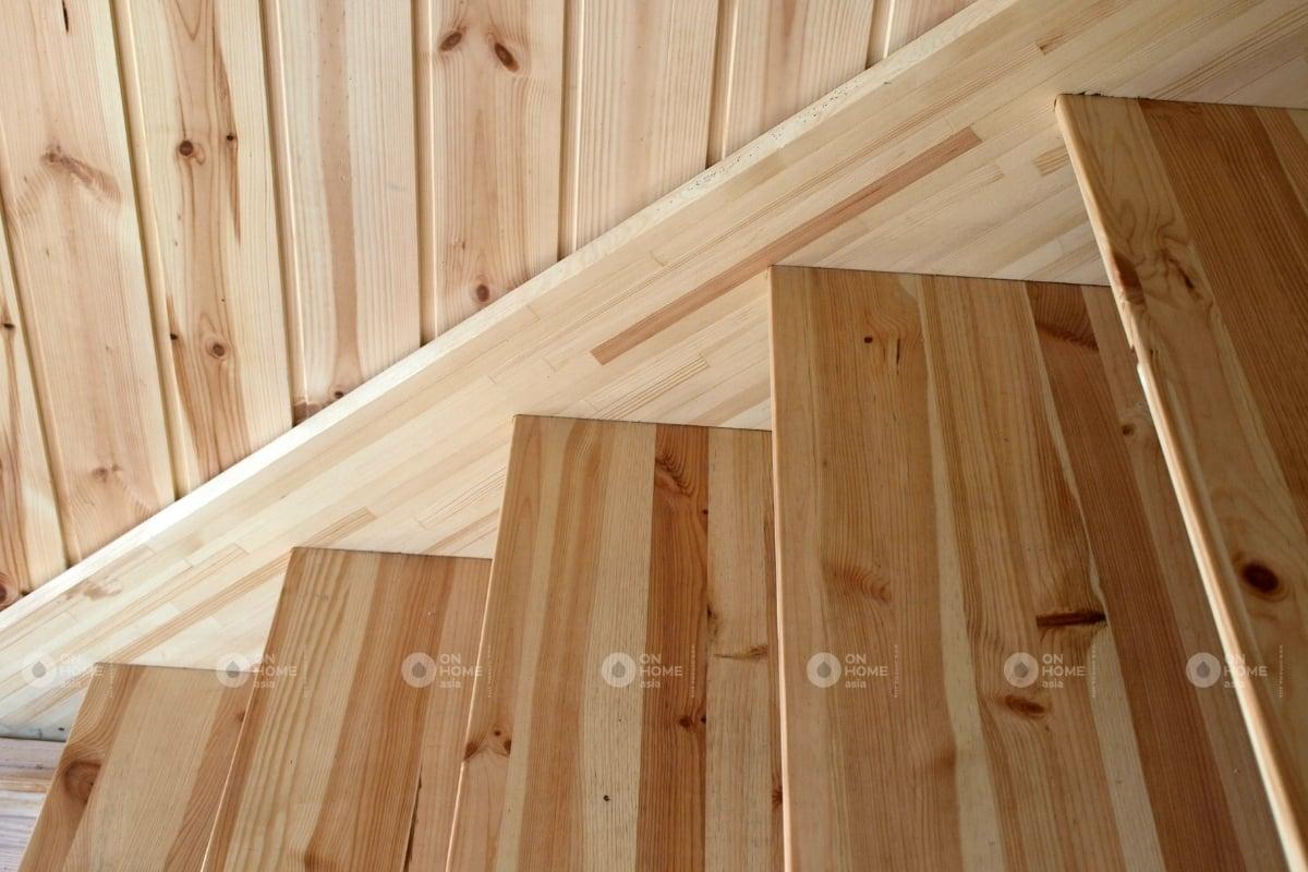 các màu cầu thang màu ván gỗ