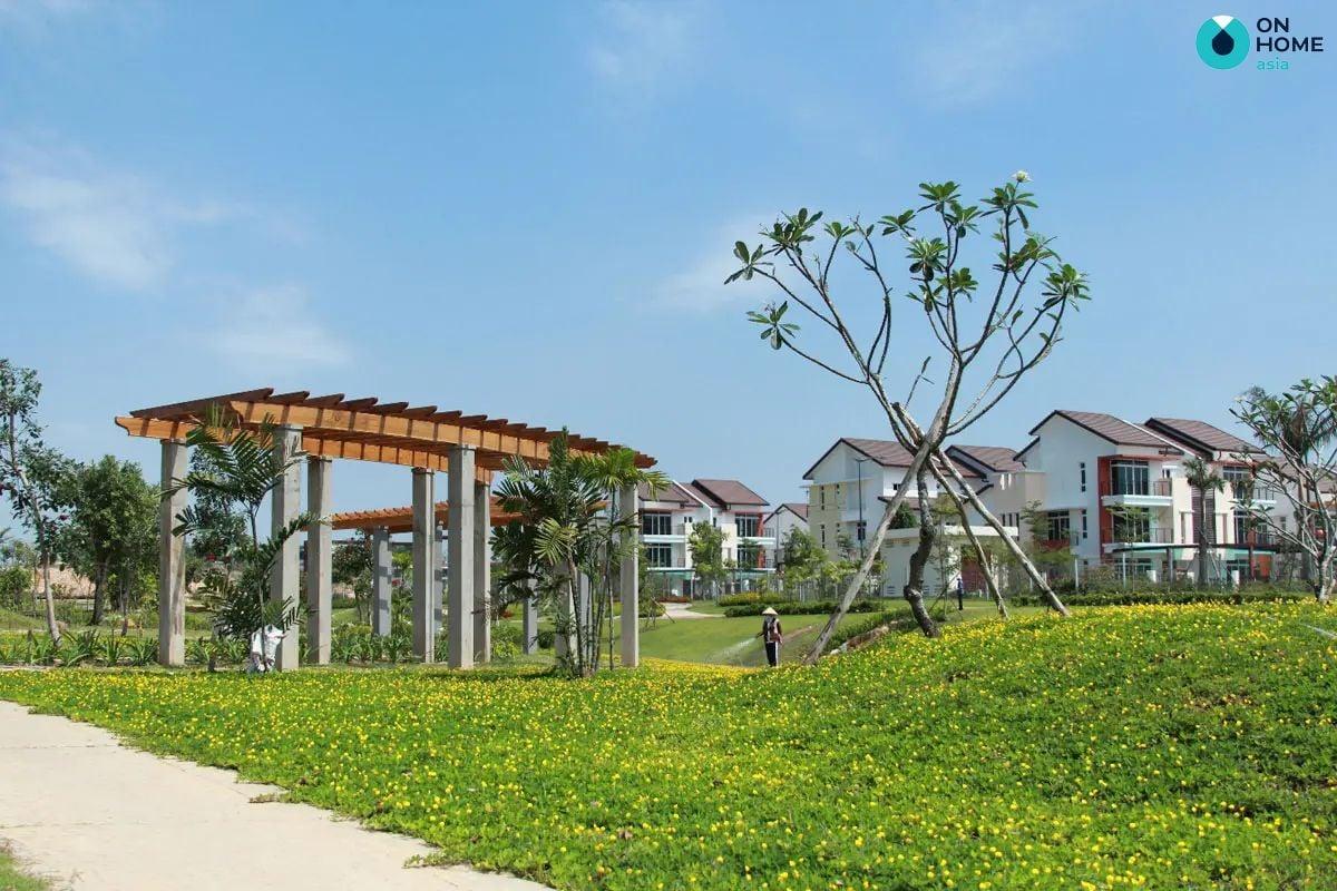 Công viên dự án nhà phố Ecolakes Mỹ Phước