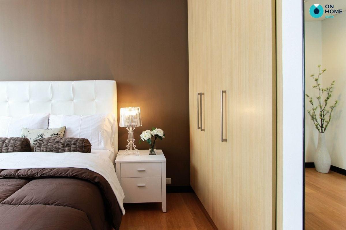 Bố trí đèn ngủ giúp cung cấp ánh sáng cần thiết cho phòng ngủ