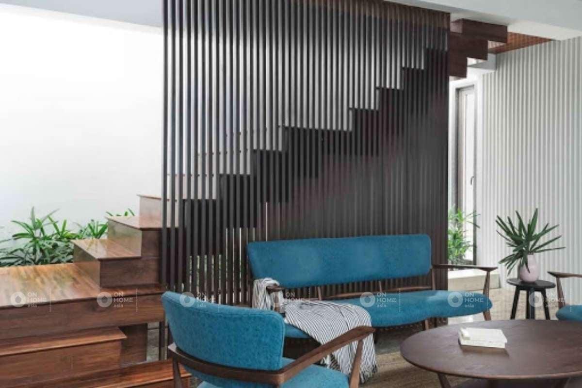 Lam gỗ trang trí cầu thang phòng khách